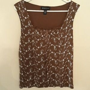 INC brown and whited threaded design blouse.